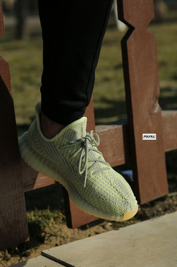 Adidas Yeezy Boost V2 350 yellow